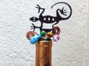 Unique wine bottle stopper