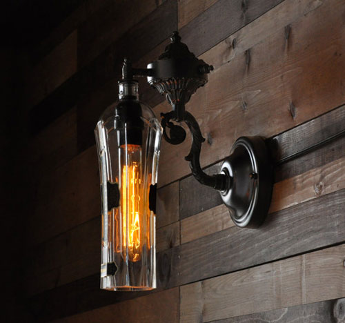 9 lighted bottle diy projects how to make a bottle lamp for Lamps made out of wine bottles