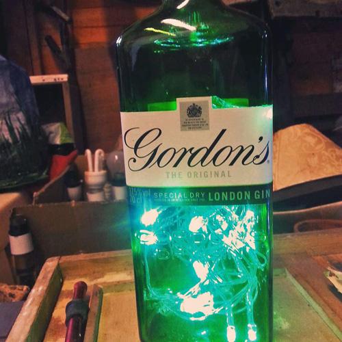 Gordons Bottle Light DH